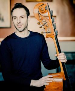 Olivier-Thiery contrebasse concert critique classiquenews 09_rec-800x966