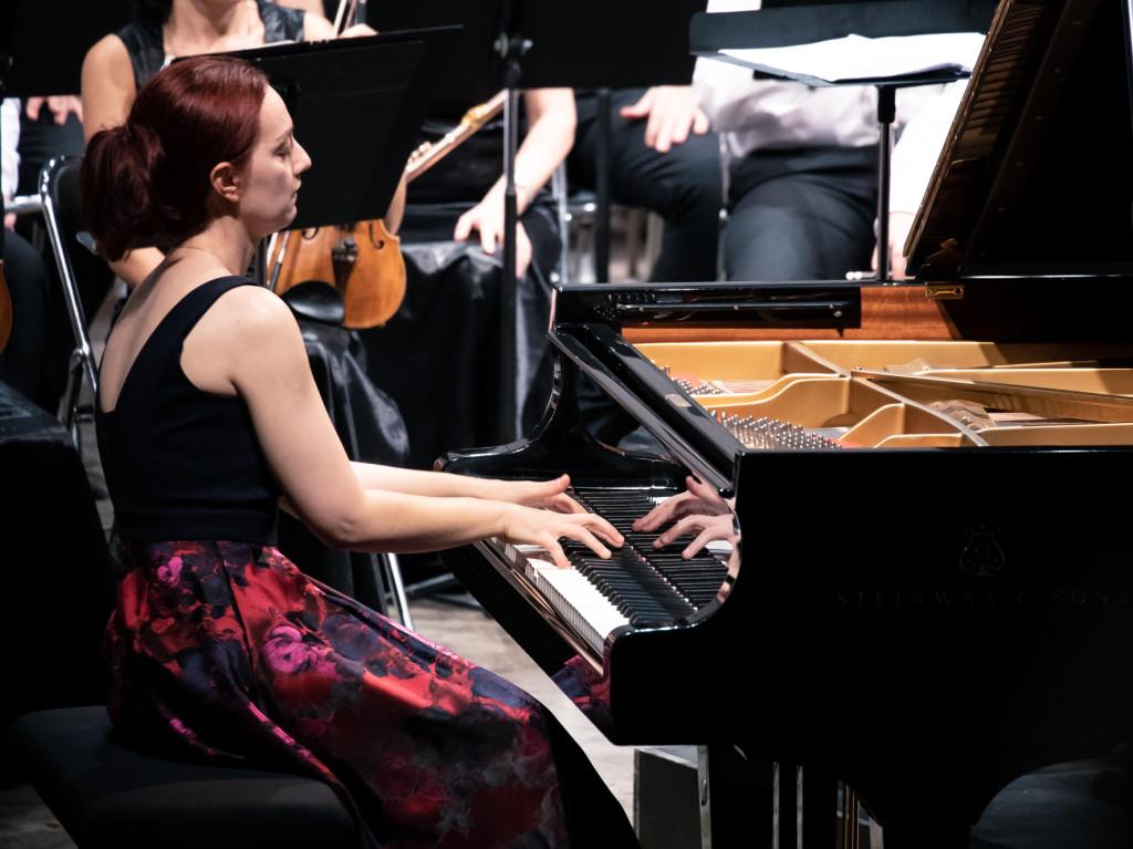 piano concert critique varvara piano critique classiquenews critique concert festival La Roque antheron 2019 Varvara_© Christophe GREMIOT_08082019-3