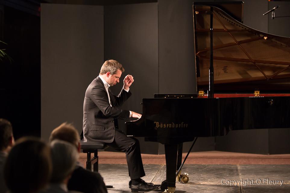 chamayou bertrand piano Ravel critique concert piano classiquenews dinard festival piano classiquenews