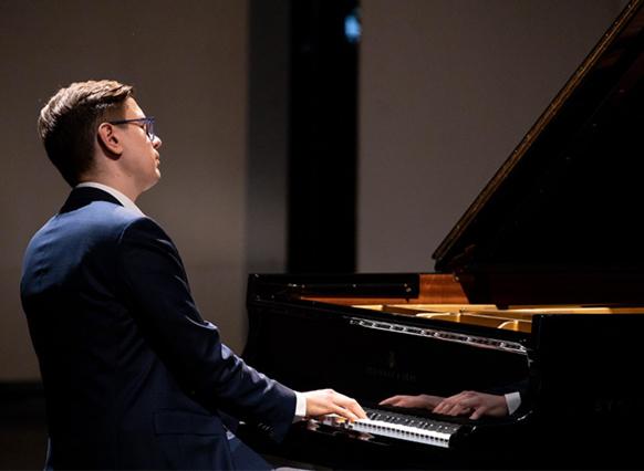 piano-concert-festival-critique-classiquenews-review-classiquenews-vikingur-olaffson-rameau-critique-concert-piano-classiquenews-roque-antheron-aout-2019