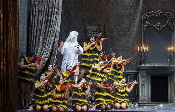 salzbourg-2019-aristee-beekman-critique-opera-annonce-concert-critique-review-opera-classiquenews-orphee-aux-enfers-2019-c-sf-monika-rittershaus-04-560x368