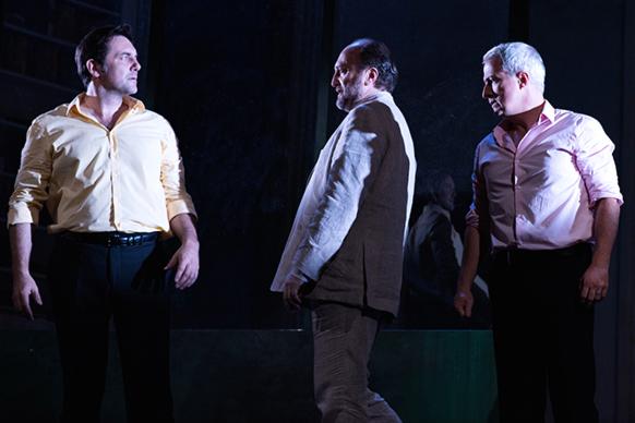 cosi-fan-tutte-mozart-opera-de-tours-droy-scoffoni-galeazzi-benjamin-pionnier-bouillon-reprise-sept-oct-2019-critique-opera-classiquenews