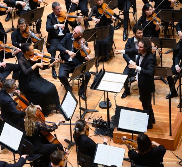 lille-ONL-alexandre-bloch-symphonie-7-mahler-critique-concert-classiquenews-