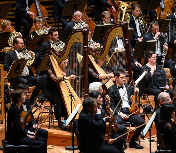 mahler-orchestre-national-de-lille-alexandre-Bloch-symphonie-6-mahler-lille-critique-classiquenews-maestro-orchestre-musiciens-concert-critique