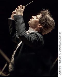rustioni-daniele-maestro-chef-opera-critique-annonce-opera-festival-concert-classiquenews
