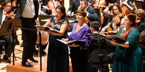 mahler-symphonie-de-smille-8-symphonie-8-alexandre-bloch-orchestre-national-de-lille-critique-classiquenews-20-nov-2019