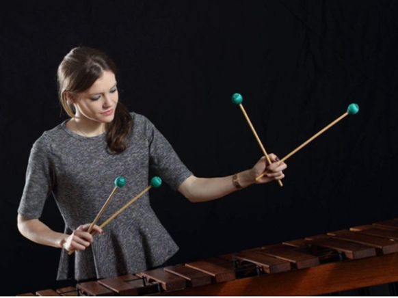 marimba-adelaide-ferriere-piano-concert-critique-review-classiquenews