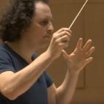 BLOCH-alexandre-orchestre-national-de-lille-maestro-classiquenews-MAHLER-symphonie-8-des-mille-reportage-video-classiquenews