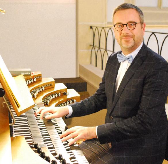 OLIVIER-PERIN-titulaire-adjoint-orgues-La-Madeleine-nomination-janvier-2020-annonce-critique-orgue-classiquenews