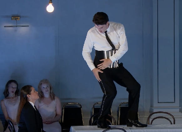ariadne-auf-naxos-aix-2018-davidsen-devielhe-cutler-albrecht-critique-opera-classiquenews