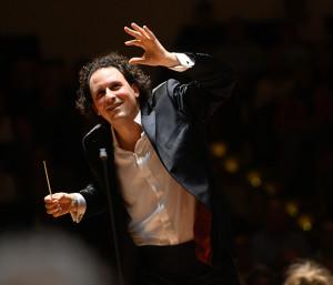 bloch-alexandre-symphonie-9-mahler-critique-concert-classiquenews-reportage-video-symphonie-n8-mahler