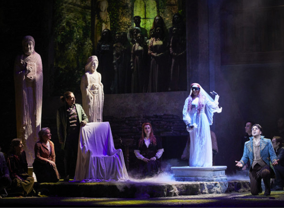 dame-blanche-boieldieu-opera-critique-classiquenews-opera-classiquenews-fantome-la-dame-les-statues