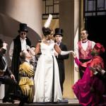 manon massent pretty yen bernheim critique opera classique news