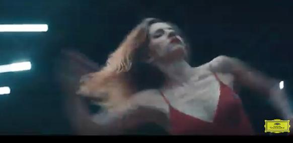 WEDEL-kassandra-beethoven-danse-clip-video-classiquenews