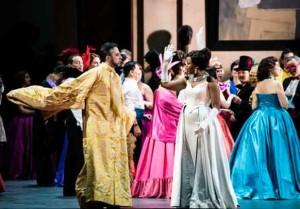 manon-desgrieux-abbe-main-presse-opera-critique-classiquenews-yende-bernheim