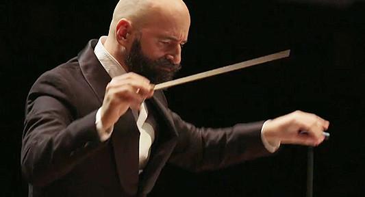 BLEUSE-PIERRE-maestro-chef-concert-critique-classiquenews-attentats-concert-15-nov-critique-concert-classiquenews