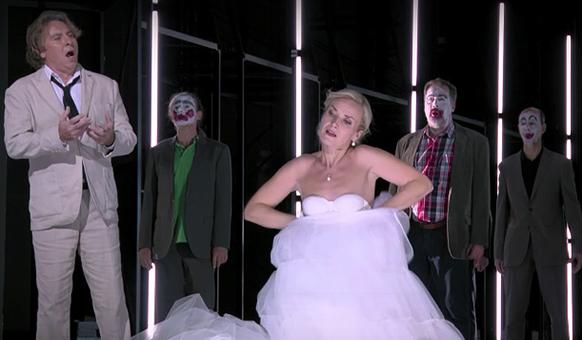 berlin-lohengrin-clwons-roberto-alagna-beito-opera-review-critique-opera-classiquenews