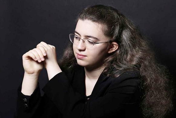 NGUCI-Marie-ange-piano-concert-critique-classiquenews-orchestre-national-de-lille-streaming-live