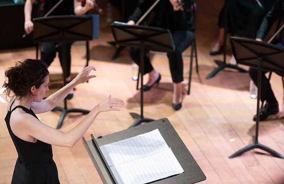 fiona-monbet-miroirs-etendus-critique-concert-lille-pianos-festival-2021-critique-classiquenews