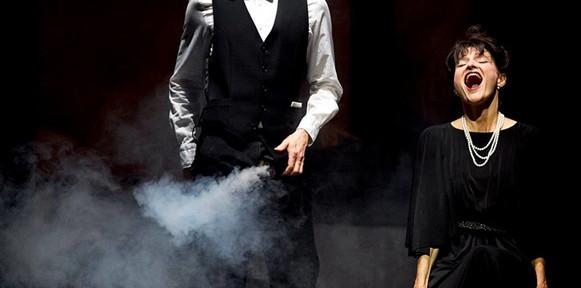 powder-her-face-thomas-ades-opera-critique-classiquenews-athenee-fribourg-juin-2021