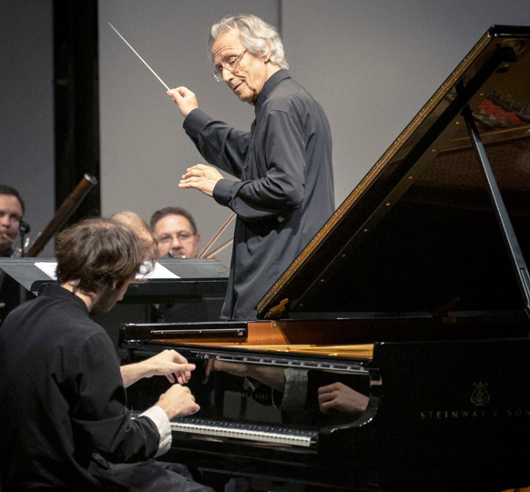 Kantorow-jean-jacques-alexandre-kantorow-concert-la-roque-antheron-piano-critique-concert-classiquenews-aout-2021