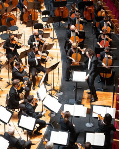 Orchestrte-national-de-Lille-alexandre-Bloch-concert-nante-strauss-23-sept-2021-ouverture-de-saison